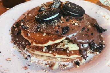 Oreo Pancakes στο Oh Mama στη Γλυφάδα