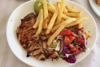Κοτόπουλο Σχάρας στο La Cubana στην Ερέτρια