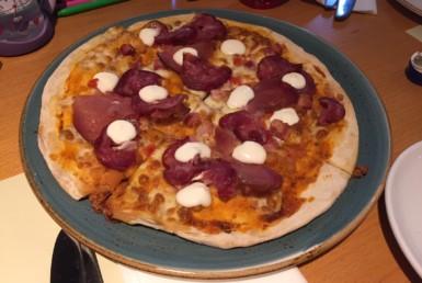 Πίτσα με Σαλάμι Ευρυτανίας στο Museum στην Κηφισιά