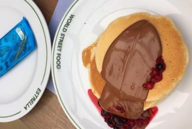 Pancakes με σοκολάτα υγείας στο Estrella στην Κηφισιά